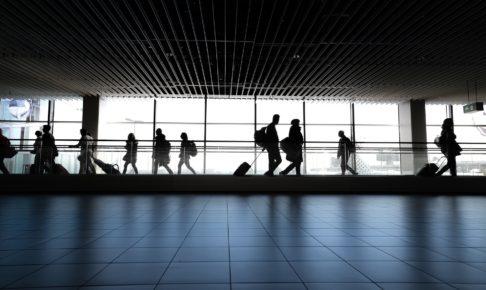 ビジネス往来停止へ 外国人の入国を全面的に制限