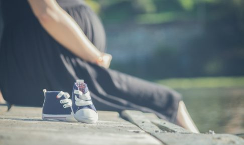 外国人技能実習生 妊娠出産めぐるトラブル相次ぐ 国が注意喚起
