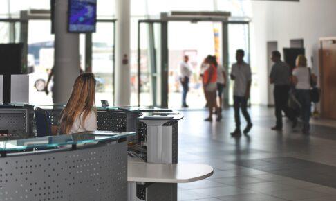 入国全面制限前に技能実習生が到着 関西空港